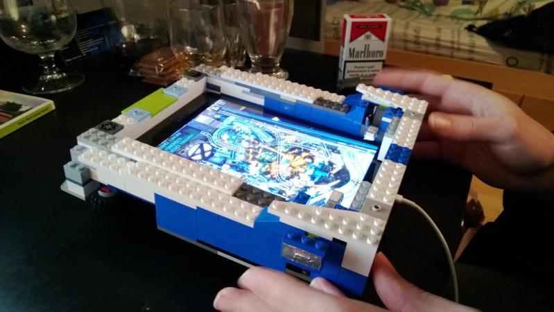 Support flipper Pour Ipad mini en LEGO Marlou10