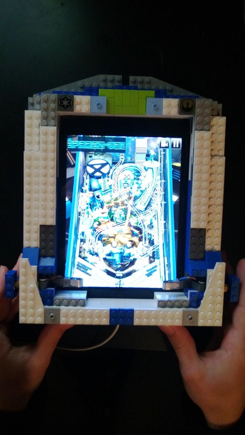 Support flipper Pour Ipad mini en LEGO Marlou11