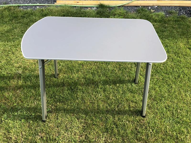 Habillage porte latérale + table calif  3efe2710