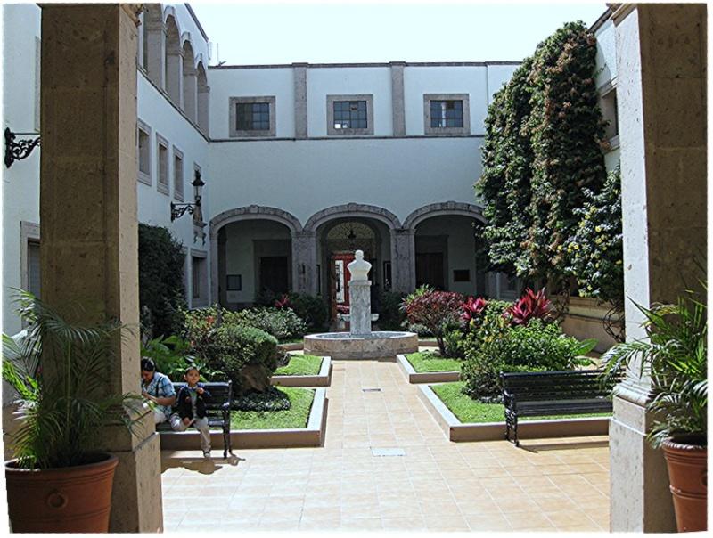 Hospital De La Santisima Trinidad Hospit10