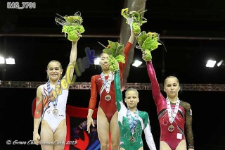Sujet populaire : L'international Gymnix 2013 (CANADA)   64437111