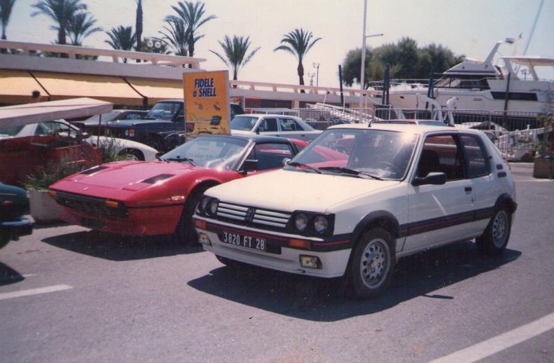 205 GTI 1.9 l - 1/18 Solido 08_19810