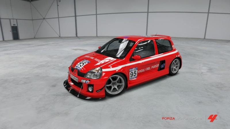 RENAULT CLIO V6 VVF Forza422