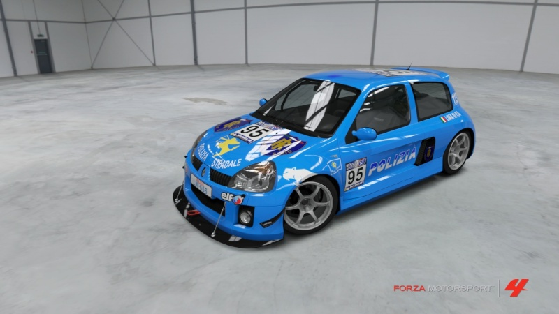 RENAULT CLIO V6 POLIZIA Forza423