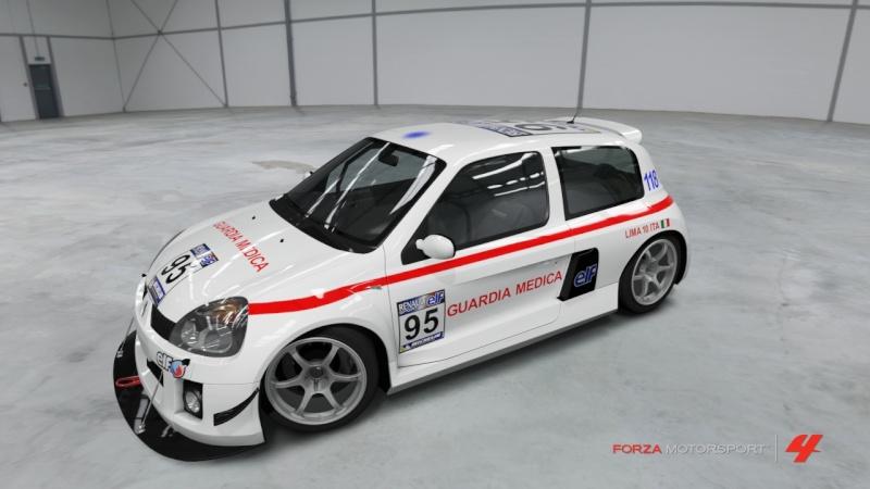 RENAULT CLIO V6 GUARIDA MEDICA Forza426