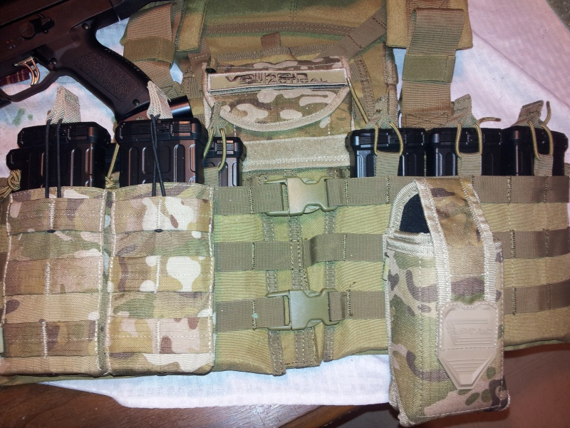 dmag 14 round vest pouch issue Dmags_10