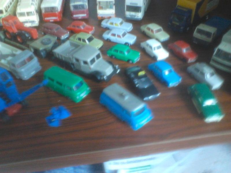 Hier mal eine kleine Sammulung von orginal DDR-Fahrzeugen  Dsc00022