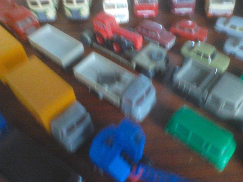 Hier mal eine kleine Sammulung von orginal DDR-Fahrzeugen  Dsc00023