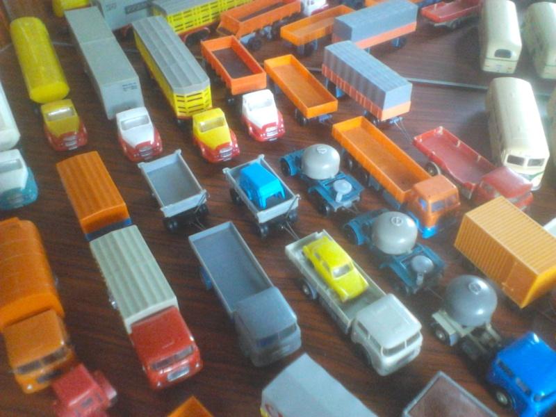 Hier mal eine kleine Sammulung von orginal DDR-Fahrzeugen  Dsc00024