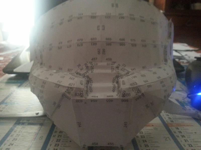 un casque pepakura 20130913