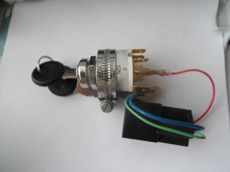 wiring up a modern key switch - Page 2 Sam_3915