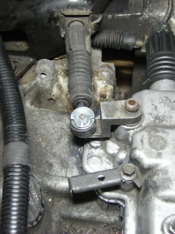 Câbles de sélecteur de vitesses pour les nuls Imgp0029