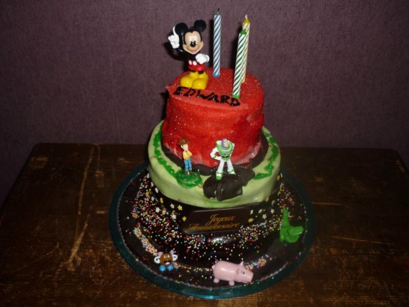 Gâteaux d'anniversaire Disney de nos miniatures 22247910