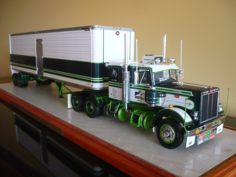 PETERBILT 359(CALIFONIA HAULER)/DRY BOX 40'-COMBO- '' les seventies''  03510