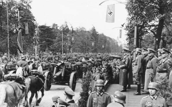 Les déplacements d'Hitler - Page 2 Bundes10