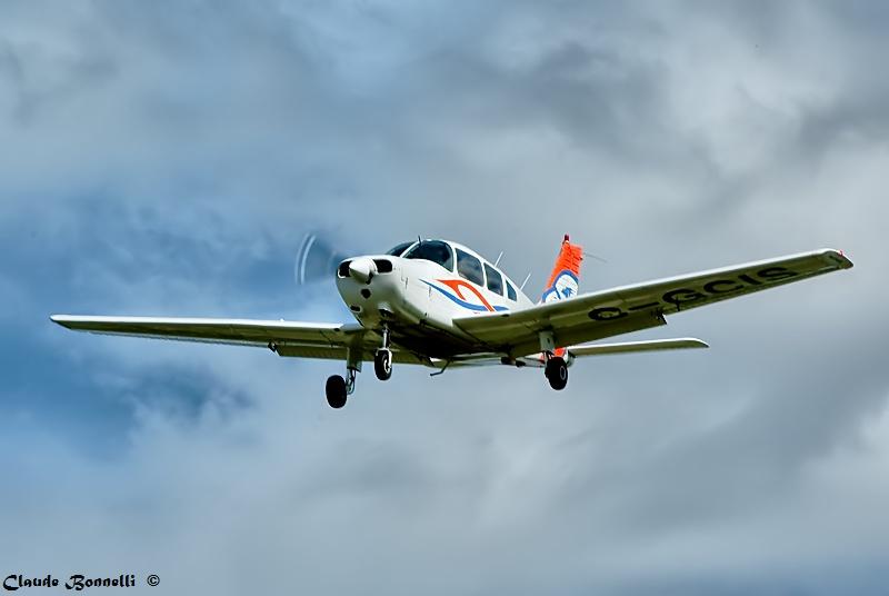 Piper Cherokee PA-28 C-gcis10
