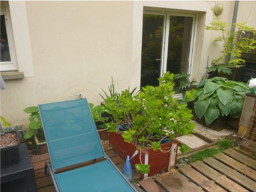reamenagement de mon bassin de jardin - Page 11 P1020310