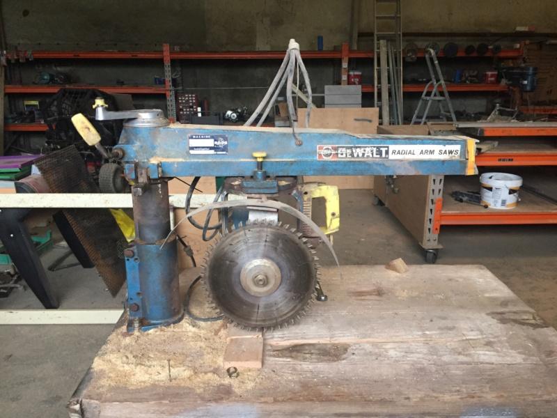 scie radial dewalt arm saws type M210 00310