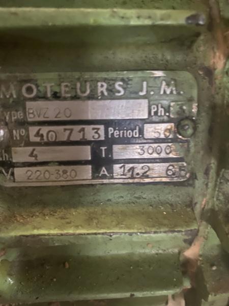Câblage moteur triphasé machine anglaise Img_0814