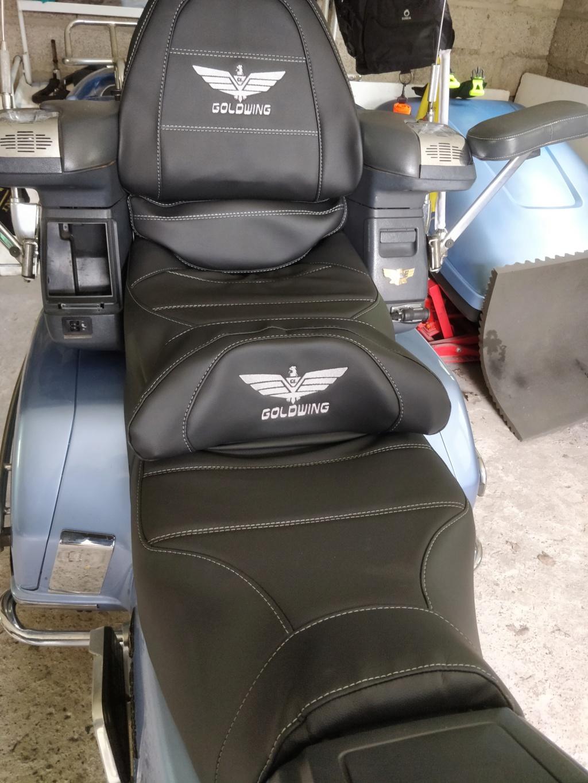 Siège chauffant Honda 1500 Goldwing Img_2050