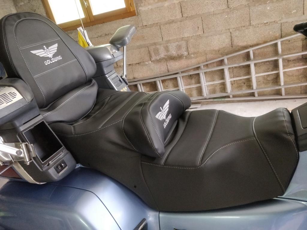 Siège chauffant Honda 1500 Goldwing Img_2051