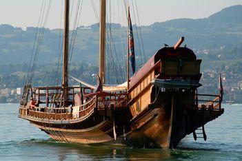 Vogue la galère !  Les bateaux de guerre  de Toulon. Proxy-59