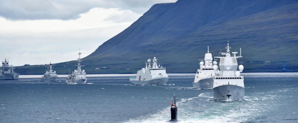 La Fregate Latouche -Treville vit ses dernières annees -avantt u désarmement . Servei12