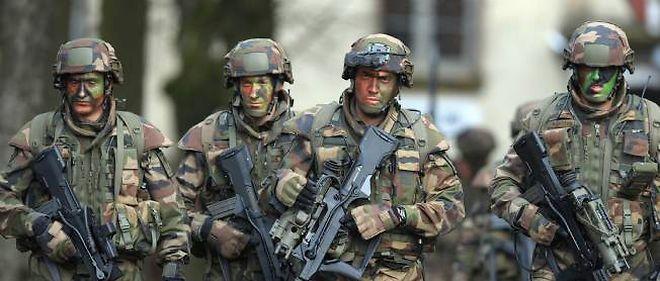 Manoeuvre pour la force de reserve - * une première en France Servei43