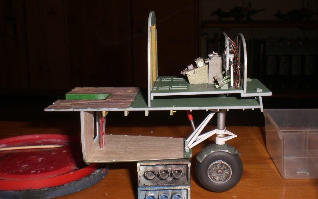 RIESEN BROCKEN ! Die B-24 Liberator, 1:32, hobbyboss von oluengen359 Cimg7175