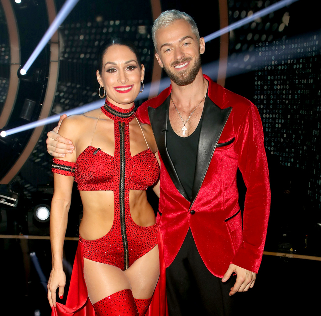 DWTS General Chit Chat - Page 22 4f366010
