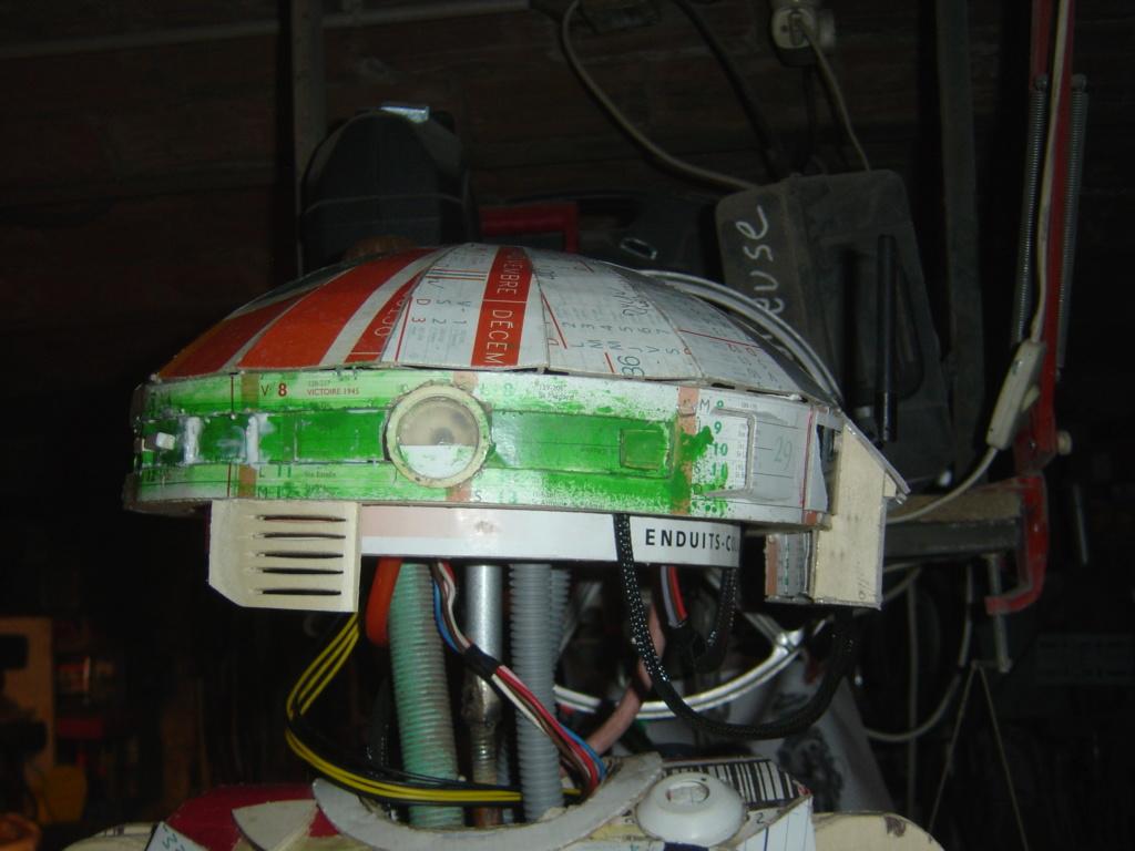 L3-37 le droide du filme solo H_tzot20