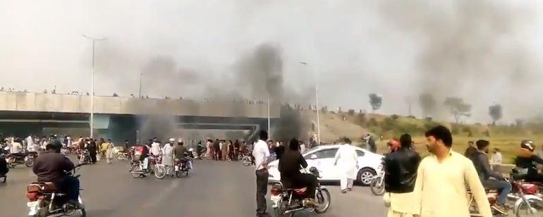 Pakistan-Chrétiens, Esclaves brûlés vifs!!  Img_7419