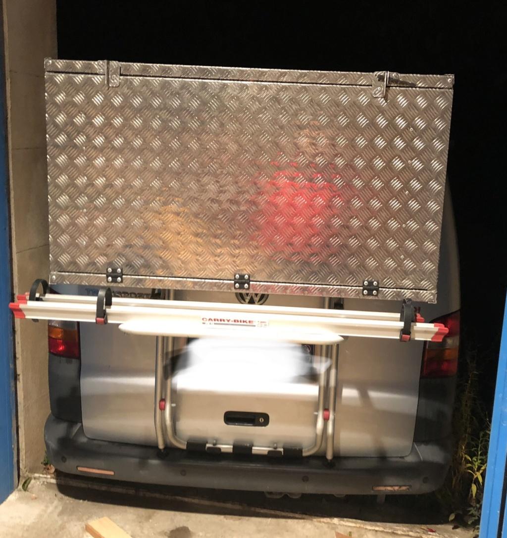 Caisse aluminium sur porte vélo  1eb2ce10