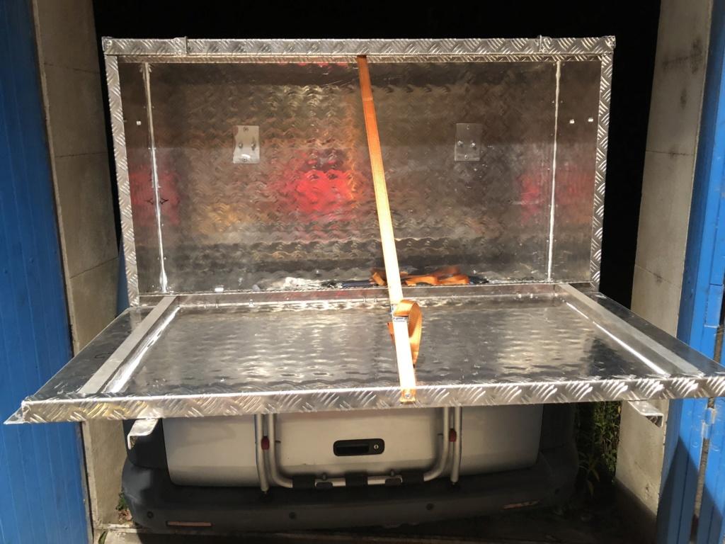 Caisse aluminium sur porte vélo  45951210