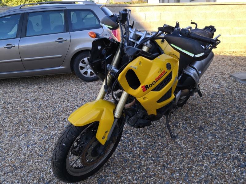 Vends 1200 XTZ 2012 accidentée+divers pièces Img_2010
