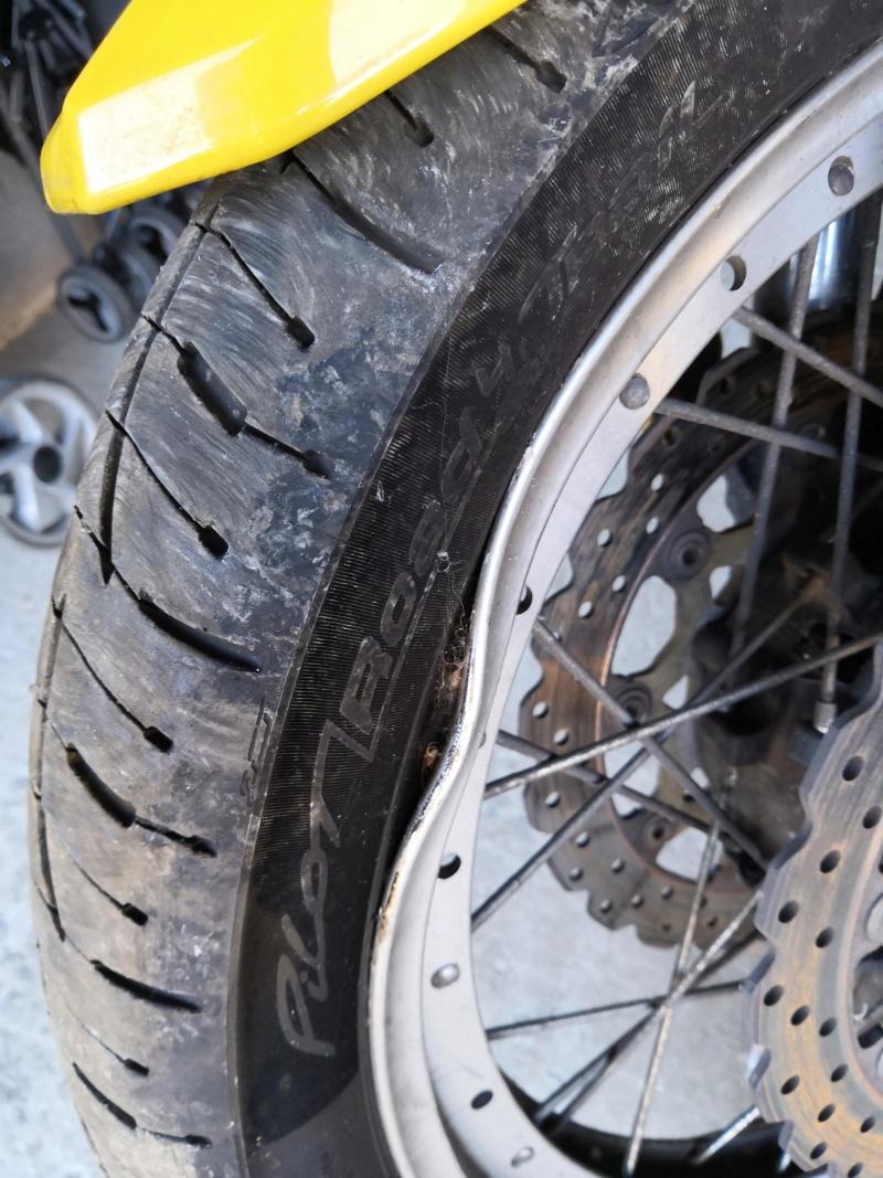 Vends 1200 XTZ 2012 accidentée+divers pièces Img_2019