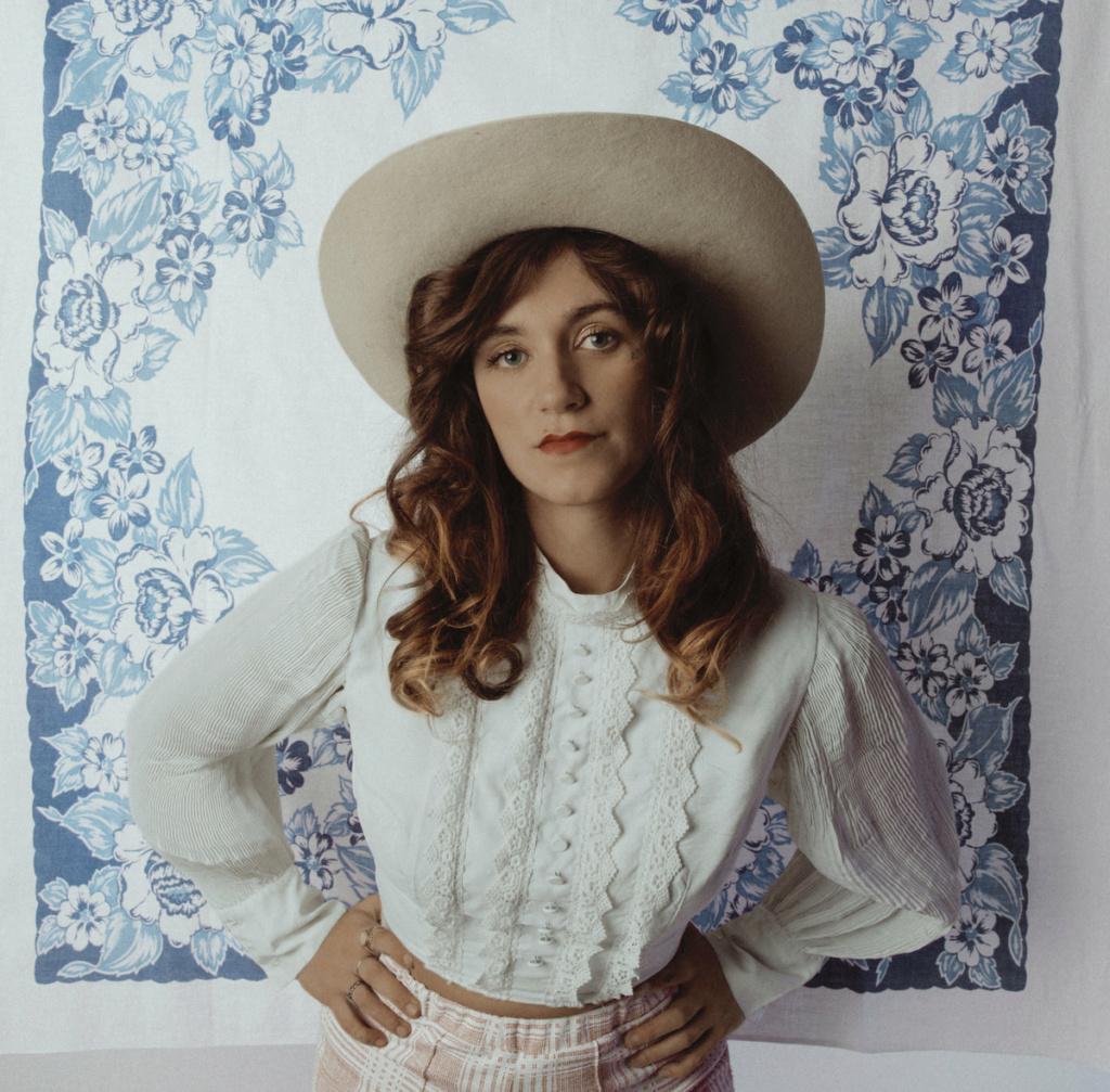 "Sierra Ferrell - Nuevo LP ""Long Time Coming"" 20 agosto - Country, Americana, Bluegrass, Folk, Ragtime - West Virginia 00250110"