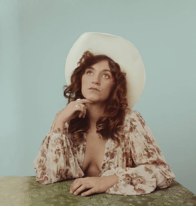 "Sierra Ferrell - Nuevo LP ""Long Time Coming"" 20 agosto - Country, Americana, Bluegrass, Folk, Ragtime - West Virginia 00253010"
