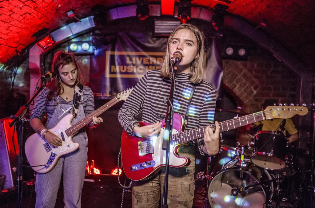 Goat Girl - rocky/grungy/punk - Rock oscuro y sutil - Escena sur de Londres - Página 4 Goatgi11