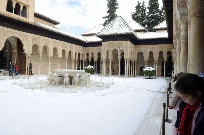 La Alhambra nocturna, espectáculo único 10977010
