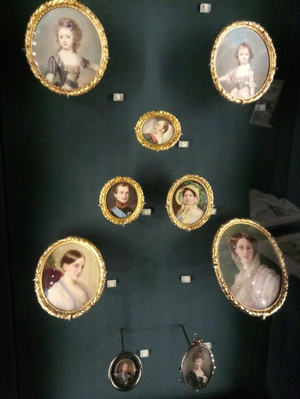 Queen's Gallery 2018-315