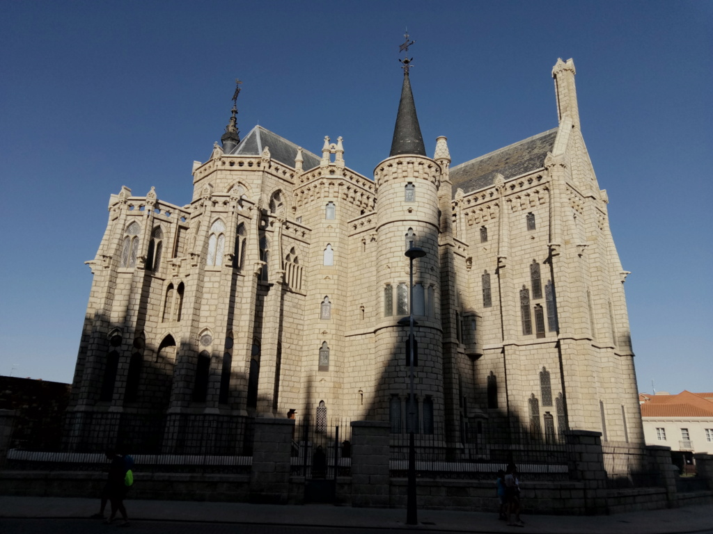 Palacio Episcopal, Astorga 2019-357
