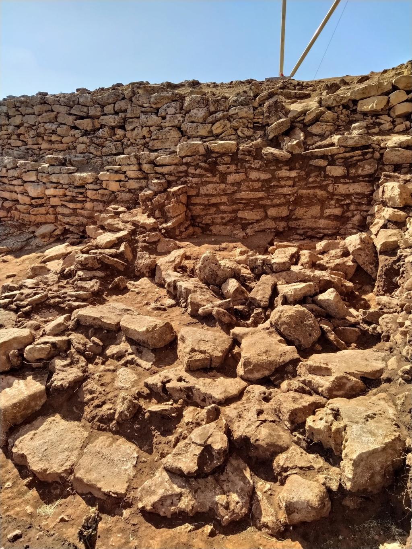 Descubren en Algarinejo una ciudad fortificada con 5.000 años de antigüedad 2021-112