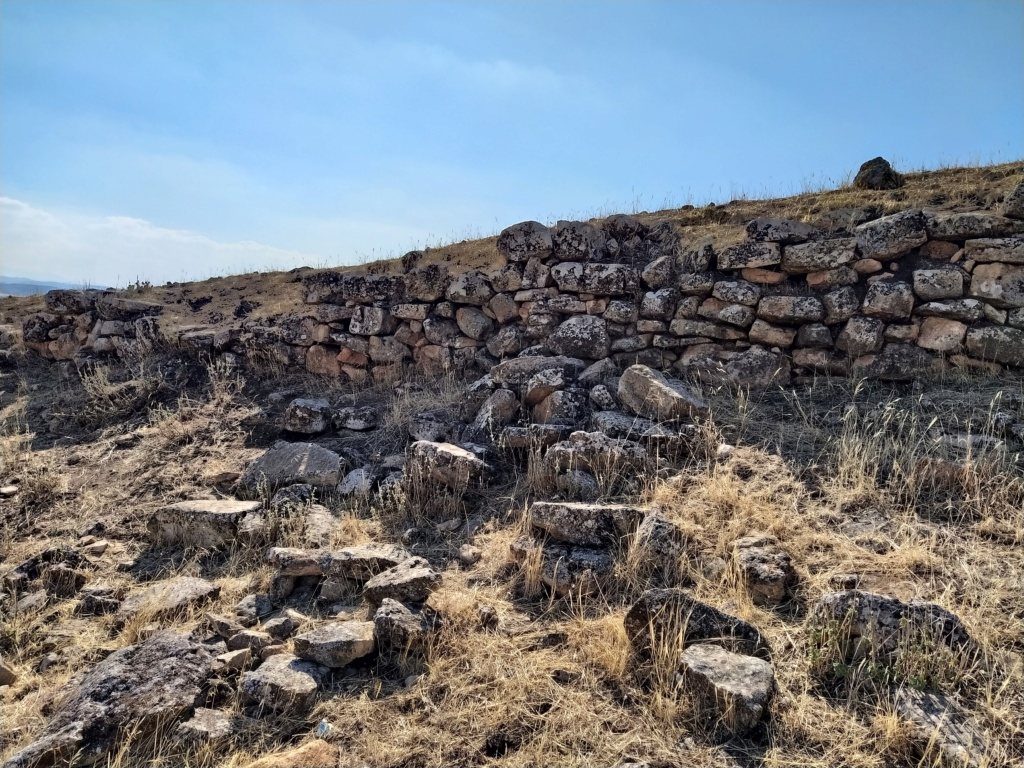 Descubren en Algarinejo una ciudad fortificada con 5.000 años de antigüedad 2021-116