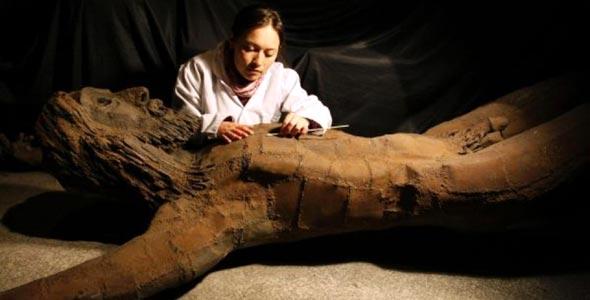 Escultura de María Magdalena destrozada 74064_10