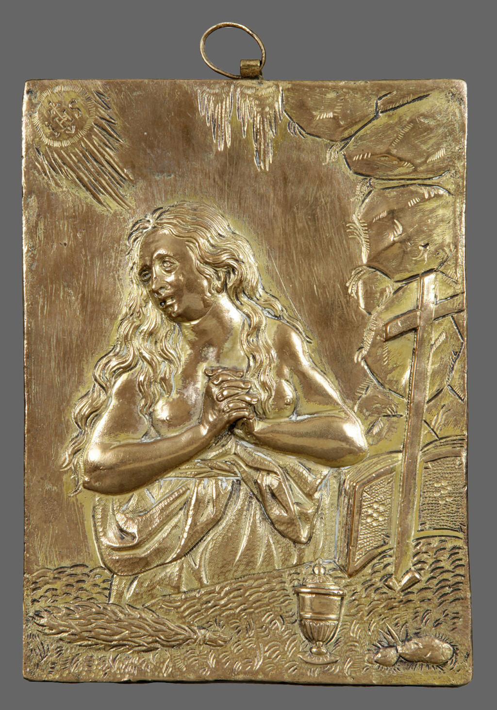 Escultura de María Magdalena destrozada Magdal10