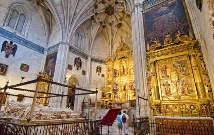 Capilla Real de Granada, tumba de los Reyes Católicos Nuevo-56