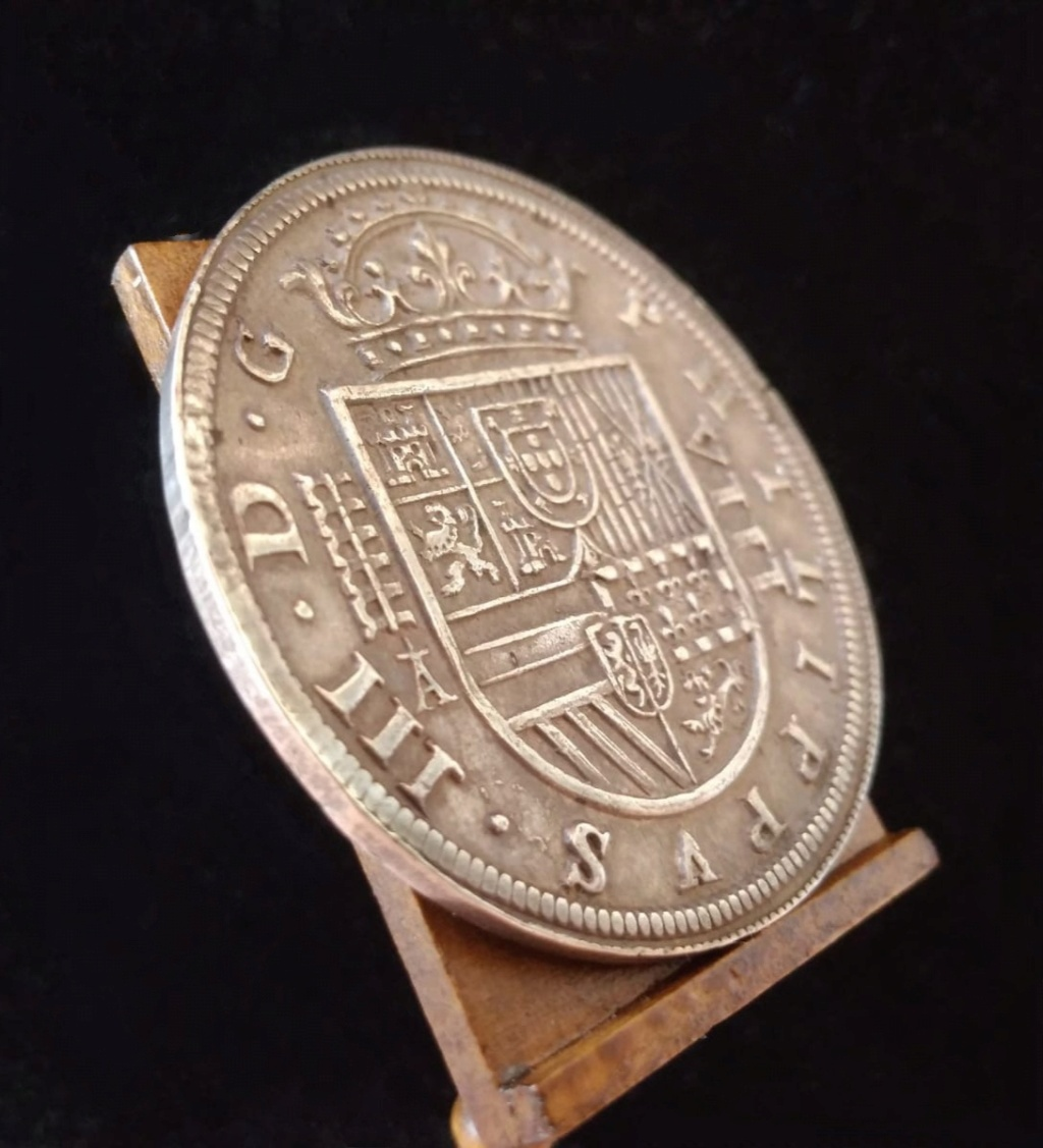 8 Reales del Real Ingenio de Segovia de 1618 2_110