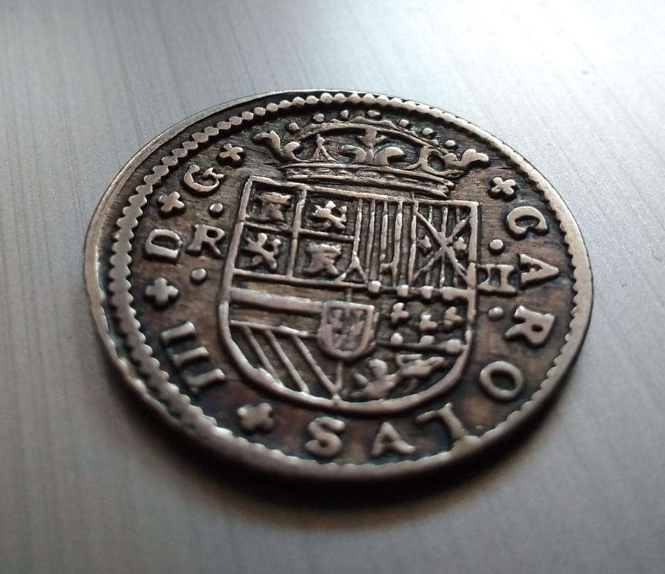 2 Reales de Carlos el Pretendiente, Barcelona, 1711 Recort15