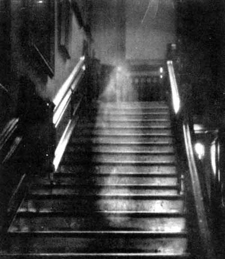 Fantômes pris en photo Brown-10